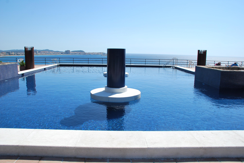 Accesorios reindesa mantenimiento de piscinas for Piscinas hechas a medida