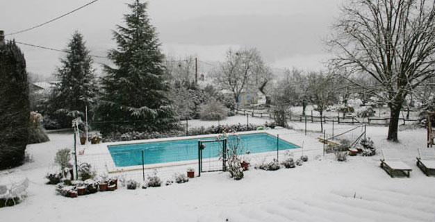 Snow-on-Pool