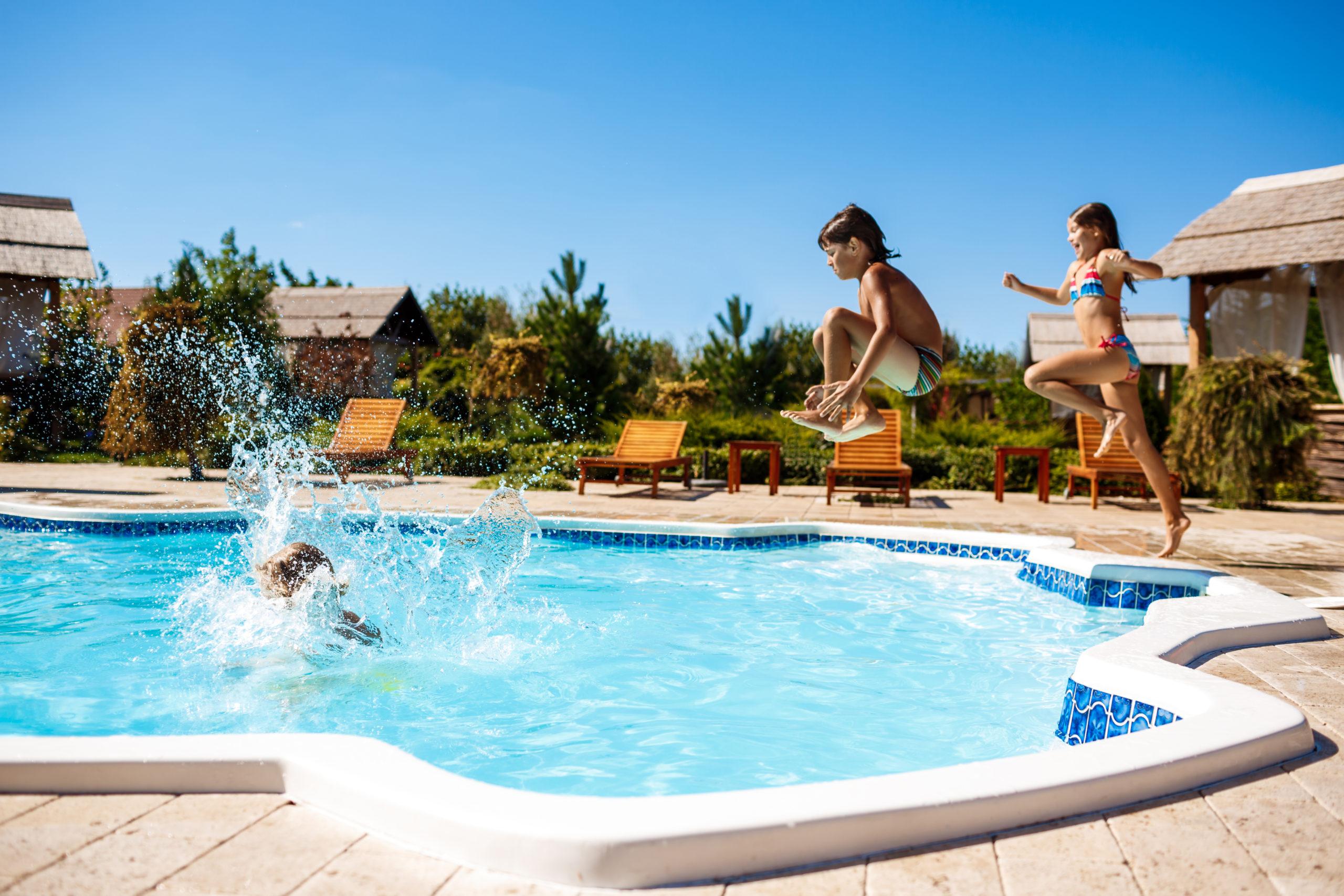 Reindesa_puesta_a_punto_piscina