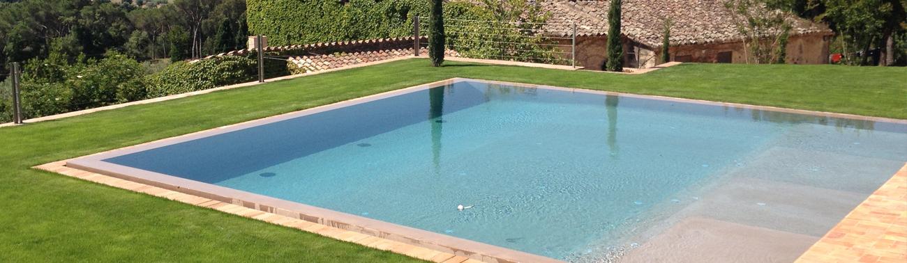 Dise o construcci n y mantenimiento de piscinas e for Construccion de piscinas barcelona