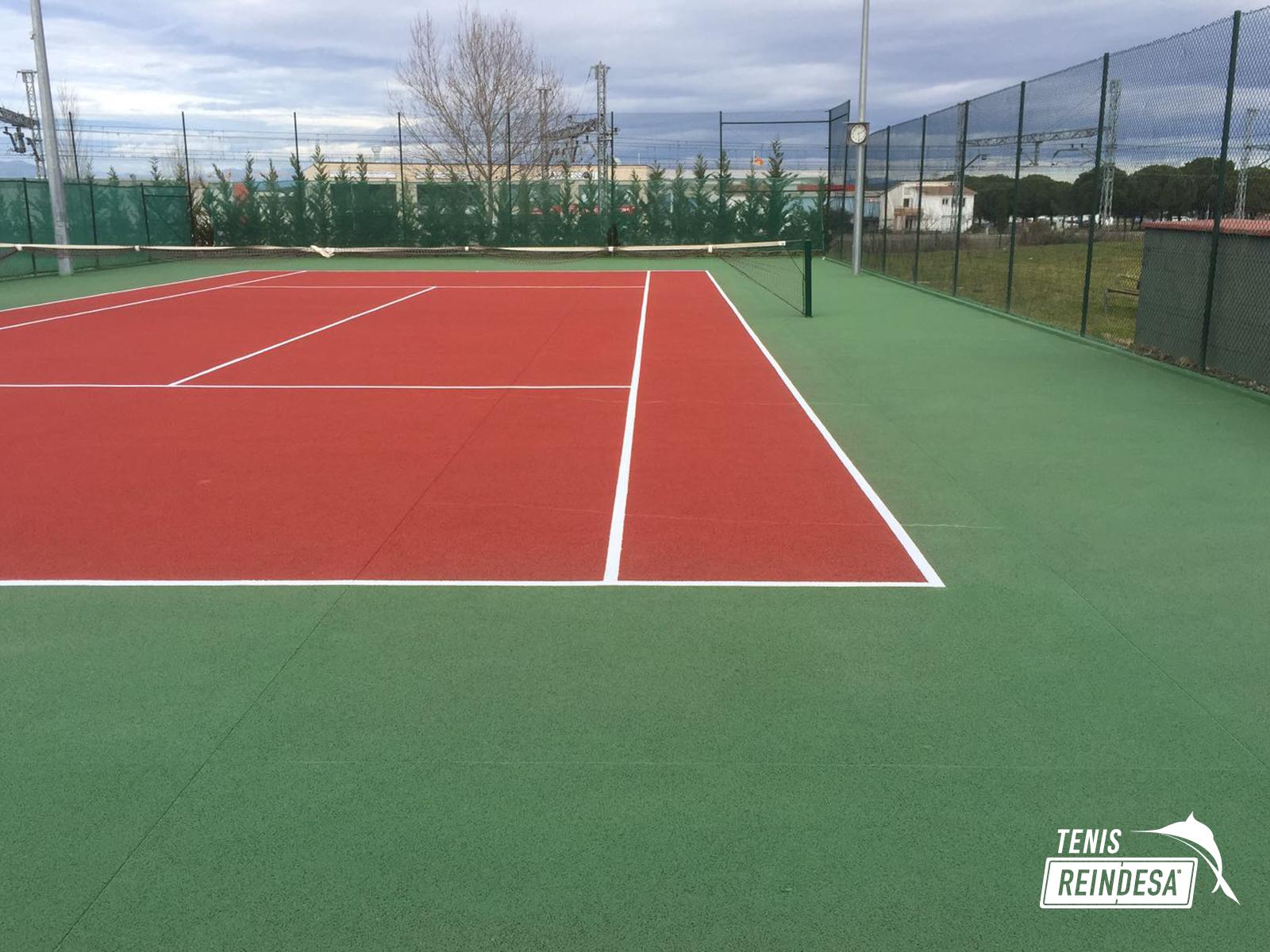 Reindesa rehabilitaci n pista de tenis celr girona for Piscina municipal premia de mar